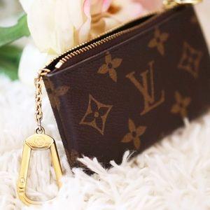❤️Authentic Louis Vuitton Monogram Cles Key Pouch